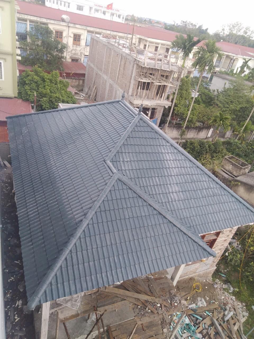 Lợp mái nhà Hà Nội cần kiêng kỵ chọn mái ngói màu xanh
